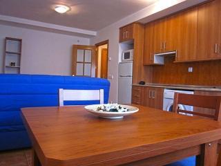 Apartamentos El Hortalan - 2 dormitorios, 4 pax, Mora de Rubielos