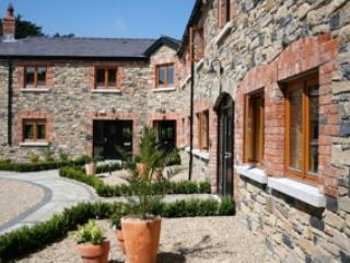 Decoy Country Cottage- The Stables, Navan