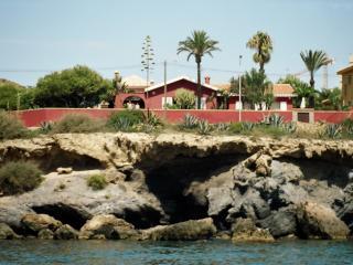 Villa sobre el Mediterraneo