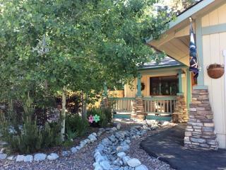 #041 Snowcrest Cottage, Big Bear Region