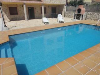 LaSerrana 6plazas,garaje,patio,piscina,barbacoa