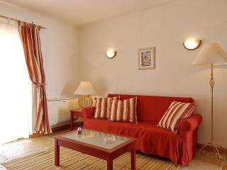 Giddah Red Apartment, Albufeira, Algarve