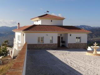 Villa front with stunning views over the Sierra de les Nieves mountains