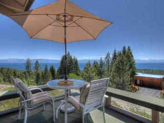 Panoramic Lakeview,Hot Tub,WiFi,Total Remodl,Huge!, Tahoe City