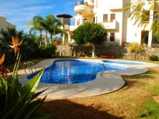 Short stroll to the beach -Villa Gadea  Luxury 2 bedroom-CB