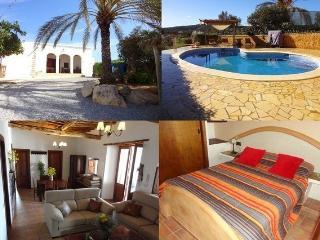 Casa de país en Ibiza 14-16 pax, piscina privada, Sant Antoni de Portmany