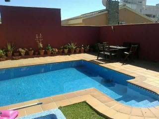 chalet con piscina para 13 personas a 300 metros p, El Puerto de Santa María