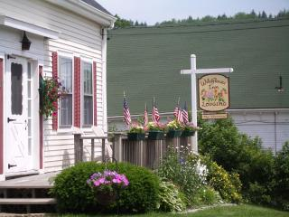 Wildflower Inn - Vacation Home Rental, East Machias