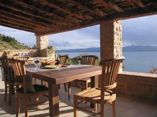 Paradise Beach Retreat Villa Nestled in Vineyards! 20% OFF April, May, June,July