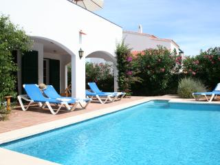 Villa in a quiet area, with private pool and Wifi. Close to Addaya harbour