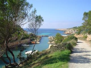 CALA TARIDA VIEWS AND CLOSE TO THE BEACH, Ibiza