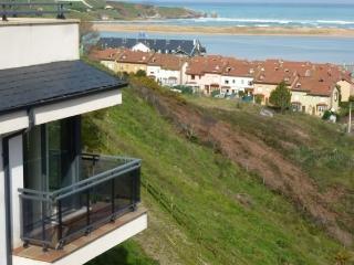 Mogro Playa piso moderno con vistas al mar golf J2
