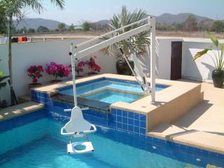 Pool villa, WHEELCHAIR ACCESS