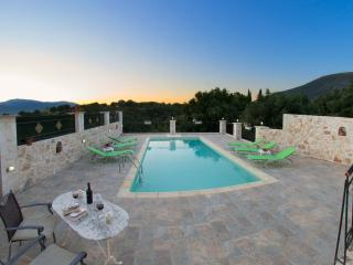 SECLUDED STUNNING  VILLA WITH PRIVATE POOL, Sami