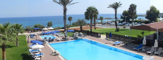 Swimming pool and Seaview