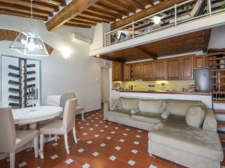 La casa di Chiara, Florence