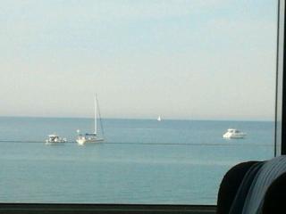 Lujo frente al mar, La Manga del Mar Menor