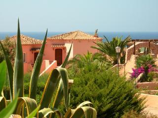 Donna: Lovely Italian Getaway, Costa Paradiso