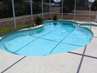 Indian Ridge - Pool Home 3BD/2BA - Sleeps 6 - StayBasic - N373, Kissimmee