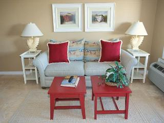 Ocean Dunes Villa 303 - 1 Bedroom 1 Bathroom Deluxe Oceanview Flat, Hilton Head