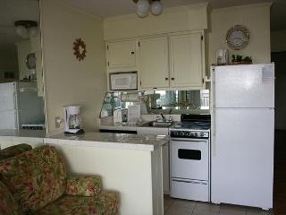 1 Bedroom Oceanside Seaside Villa 328 , Hilton Head, SC