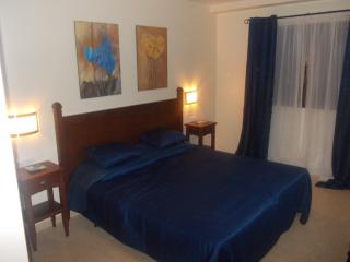 Oasis Royal 2 /3 bed with Direct access to pool, Corralejo