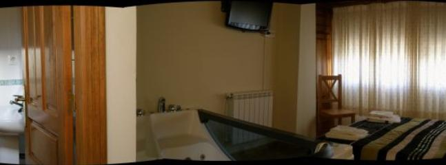 Casa pequeña para 2PX  habitación matrmonial con Jacuzzi.