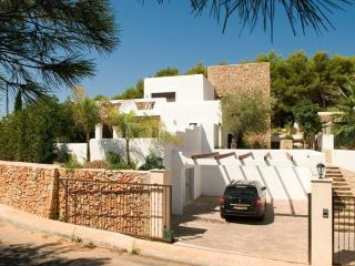 LUXURY IBIZAN HOUSE IN MORAIRA, VERY CONFORTABLE,