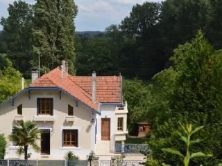 Maison  Fleuve, Aubeterre-sur-Dronne