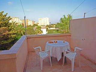 Cómodo y renovado apartamento con terraza y con piscina  (Alisios 328), La Manga del Mar Menor