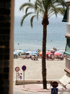 vista de la playa desde el balcón