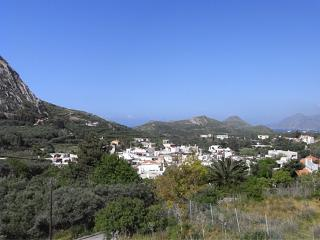 A view of Lefkogeia village!