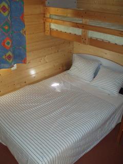 Chambre lit double + lit simple
