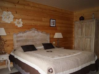 'LUEUR D'AUTOMNE' room.