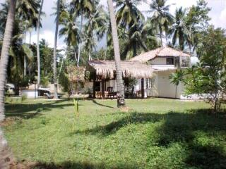 Beach Front - Amazing Bungalow in Tangalle
