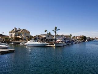 Luxurious & Opulent Villa Red Diamond---Monthly!!, Huntington Beach