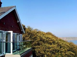 The Beacon, Luxury Apartment - Panoramic Sea View, Filey
