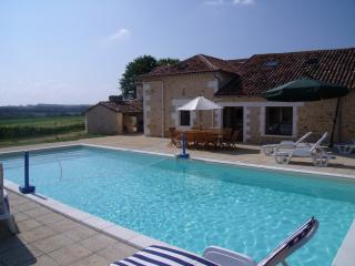 Large character barn with beautiful heated pool
