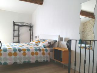 Chez WAUCQUIER - Chambre Spacieuse, Beaucaire