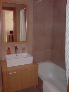 Bathroom fitted with shower & bath