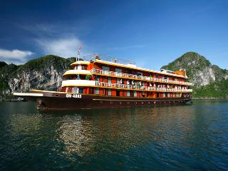 Halong Bay Luxury Cruises, Hanoi