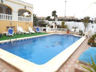 5 Bedroom Villa Air-con Pool La Marina PV507