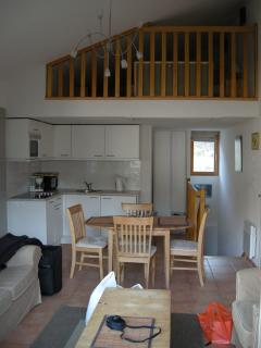 View of kitchen and mezzanine in chalet 94