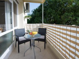 Apartment Toni- Two-Bedroom Apartment with Balcony, Dubrovnik
