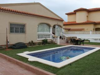 Villa Yanin con piscina y WIFI, Miami Platja