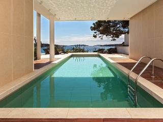 2 floor sea view villa for 6