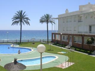 Apartamento en primeríssima línea de mar Comarruga, Coma Ruga