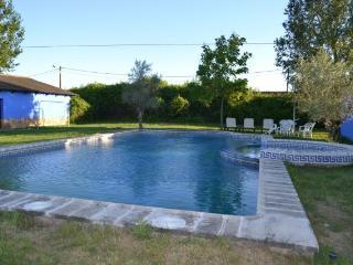 Casona Azul: Casa de campo con piscina privada