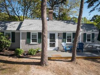 Dennis Seashores Cottage 11 - 2BR 1BA, Dennis Port