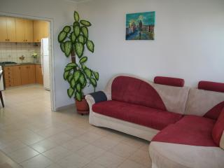 3room apartment on Carmel mountain, Costa del Carmelo (Hof HaCarmel)